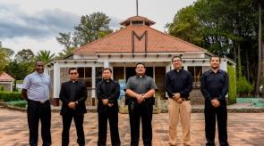 El Equipo de Formadores y el Moderador General